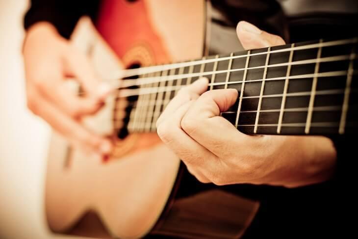 Bild von Gitarrenspiel