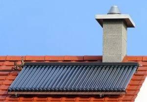 Bild von Röhrenkollektoren auf dem Dach