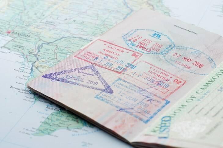 Bild von Reisepass mit Stempeln