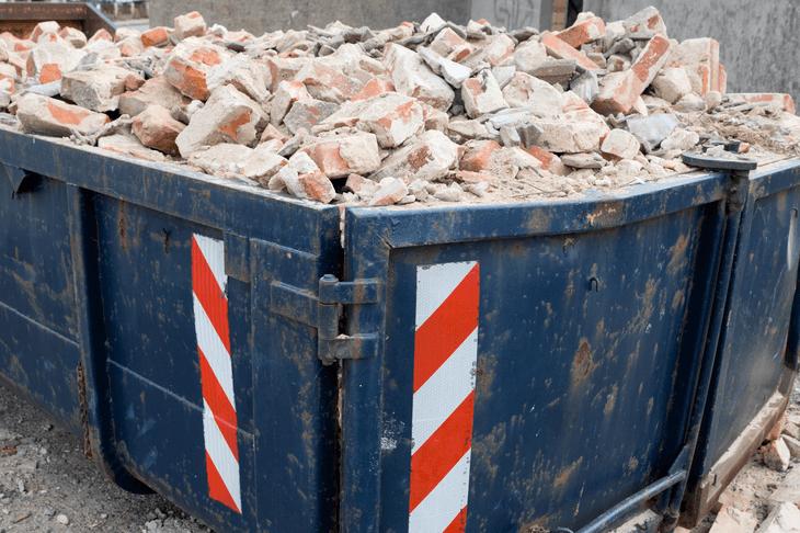 Bild von einem Container mit Bauschutt