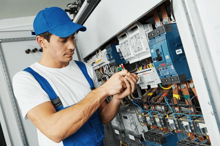 Bekannt 🔨 Elektriker / Elektroinstallation - Kosten & Leistungen im Überblick NS96