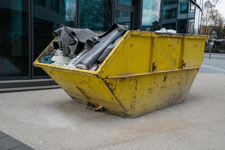Dachsanierung / Dach neu decken - Kosten & Varianten im ...